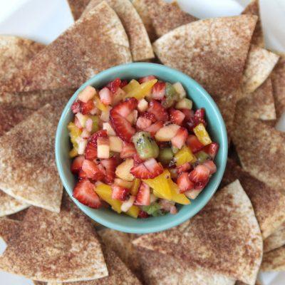 Easy fresh fruit salsa with cinnamon sugar tortillachips