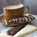 simple + delicious shortbread recipe w/chocolate drizzle