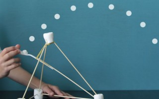 easy marshmallow catapults {summer fun for kids}