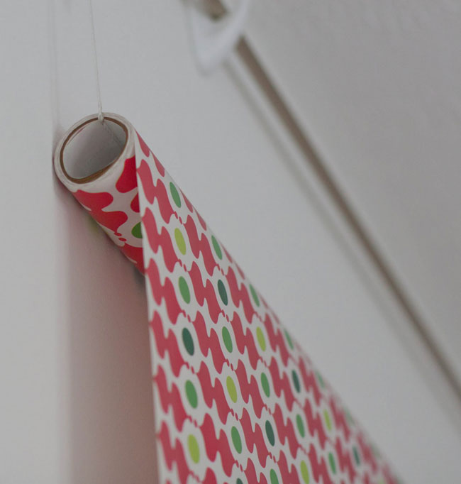 easy hanging DIY photo background