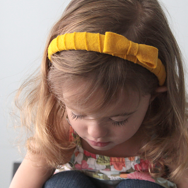 girl wearing headband