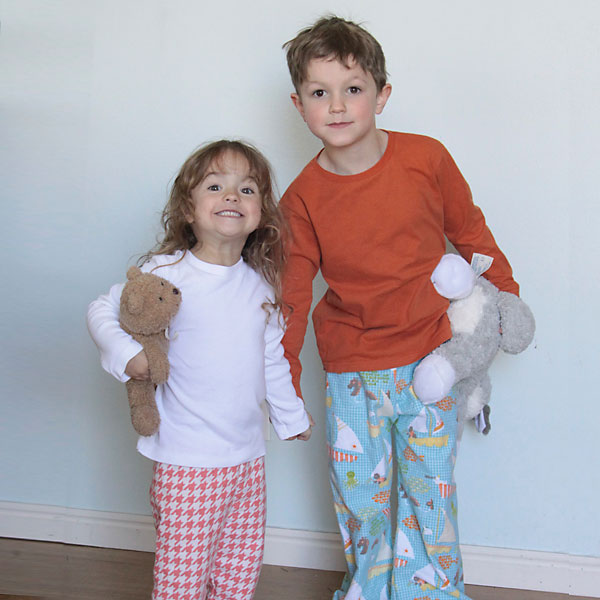 the easiest way to make kid pj s + a fabric giveaway - It s Always Autumn 1630f2e97