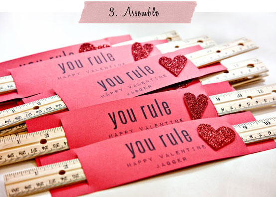 Easy DIY Kid Craft Valentines Card 14