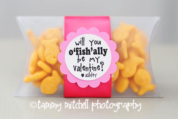 easy-DIY-kid-craft-valentines-card-7