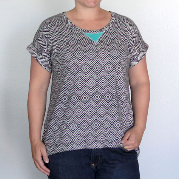 the easy tee with cuffed sleeves | simple sewing tutorial