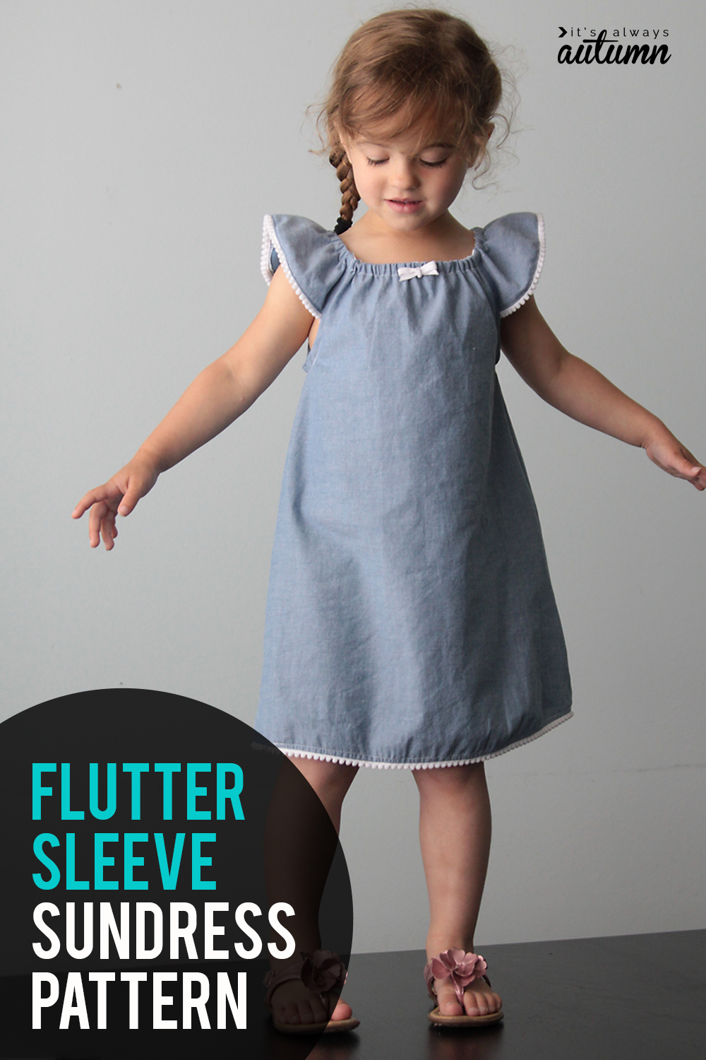 Girls dress pattern | Click through for the easy sewing pattern for this flutter sleeve sundress for girls.