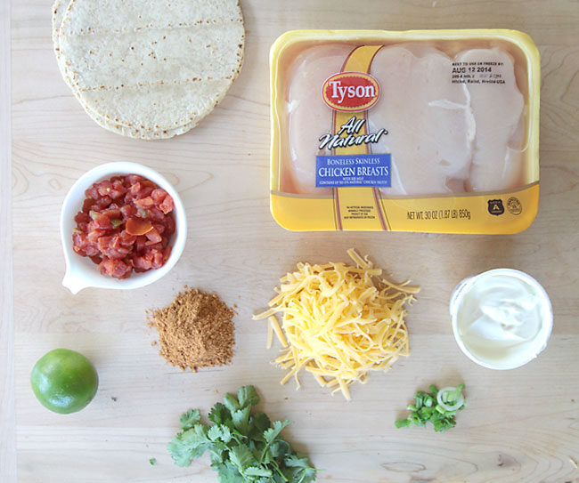chicken-tacos-easy-saucy-delicious-recipe-soft-2