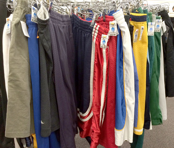 thrift-store-save-money-how-to-good-deals