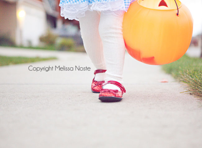 how to take great photos of your kids this Halloween