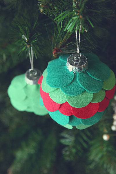 felt-circle-ornament