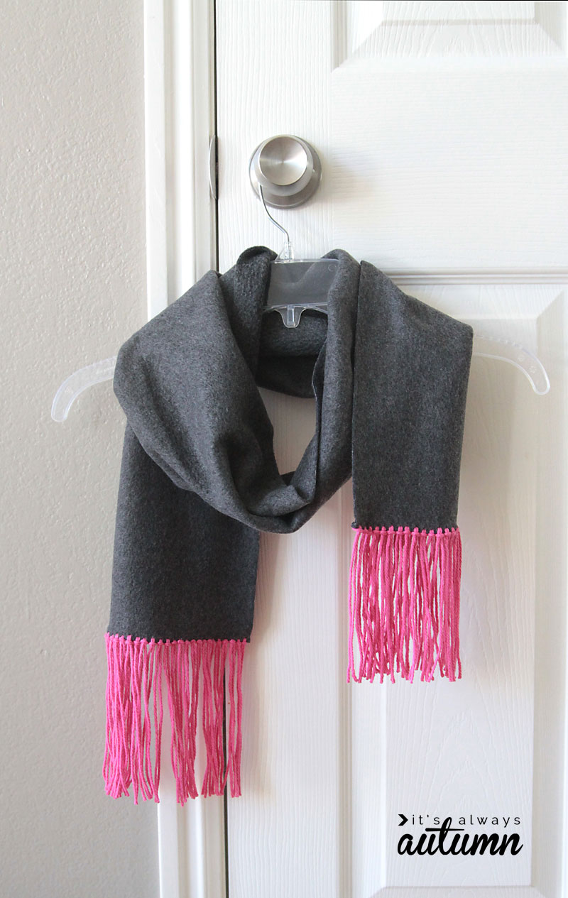 how to make an easy no sew fleece and fringe scarf - great handmade gift idea!