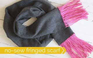 great handmade gift idea! how to make an easy, no-sew fleece & fringe scarf. cute, cheap gift.
