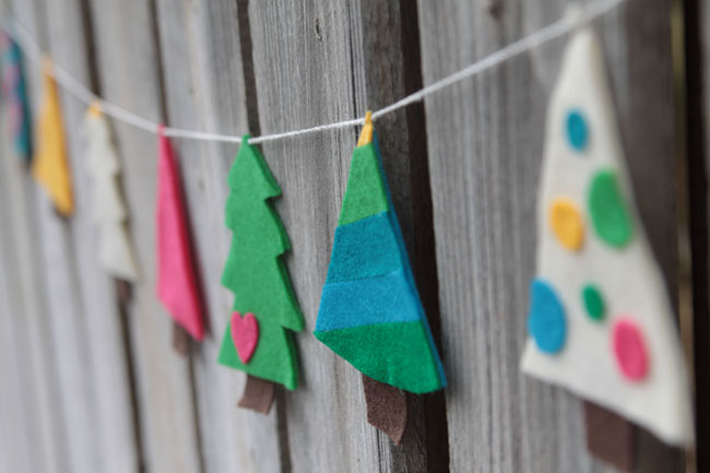 felt-christmas-tree-garland-easy-how-to-make