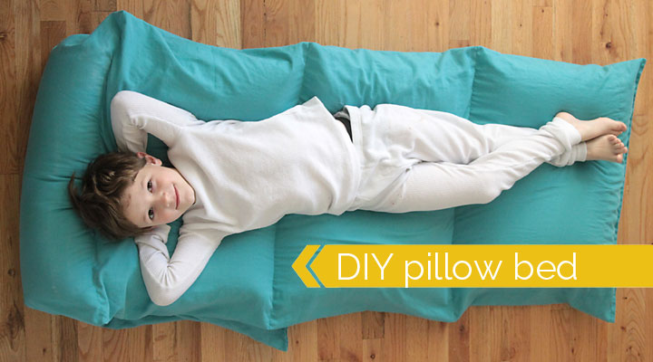 how to make a kids' pillow bed {the easiest & cheapest way}