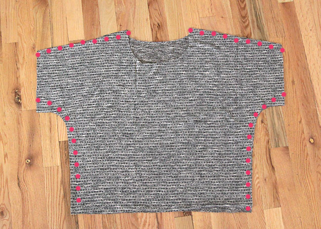 slouchy-tee-how-to-sew-free-pattern-sweater-6