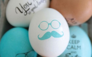 A-hipster-easter-eggs-transfer-easy-fun-decorate