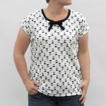 the bow tie easy tee {free women's sewing pattern}