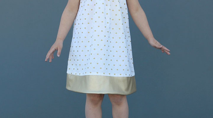 pleated flutter sleeve dress (free pattern in size 4T)