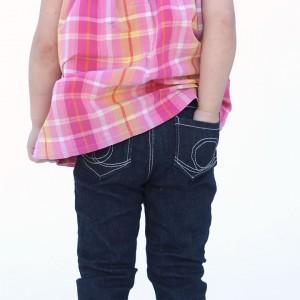 http://www.itsalwaysautumn.com/wp-content/uploads/2015/03/skinny-jeans-how-to-sew-girls-leggings-pattern-easy-tutorial-300x300.jpg