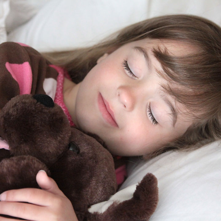 tips for getting kids to go to bed at night (and stay there!)
