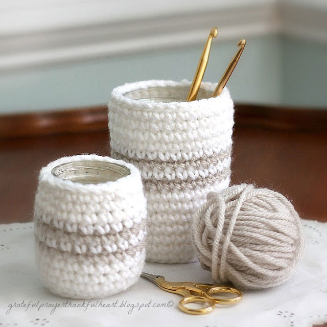 Crochet Patterns Small Projects : 20 quick, easy and beautiful things to crochet - Its ...