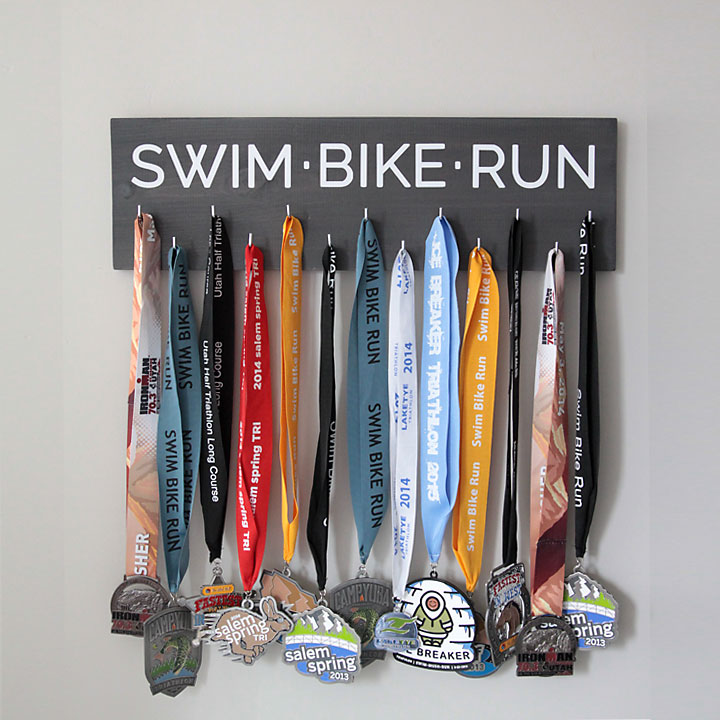 easy DIY race medal holder & display