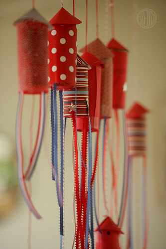 5 Fun Crafts for the 4th of July. Get ready to rock your block party this Fourth of July! Gather friends into your star-spangled backyard for a day of silly costumes, serious lip-syncing, and.