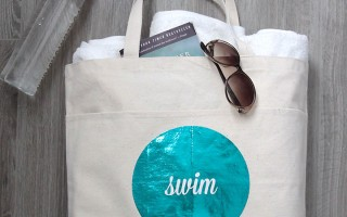 cute DIY swim modern glam swim tote! free printable and easy to follow instructions.