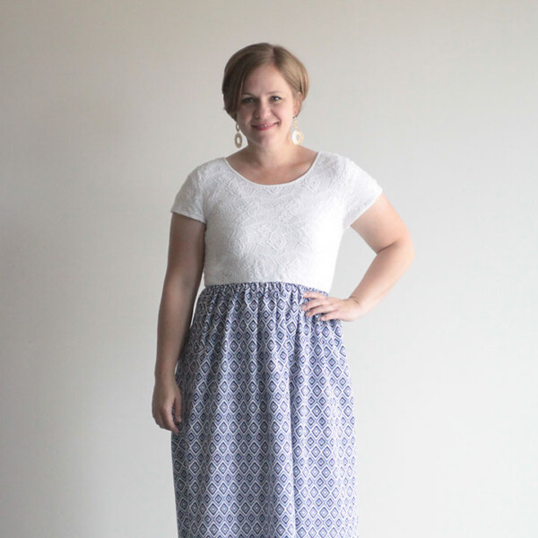 learn how to sew this cute maxi dress in just half an hour! It stars with a tee shirt and a sheet.
