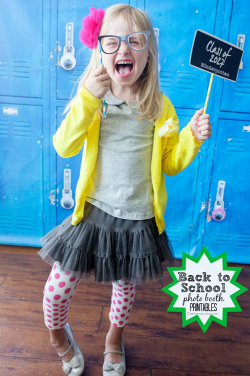 first day of school photo shoot ideas - 16 amazing back to school photo ideas It s Always Autumn
