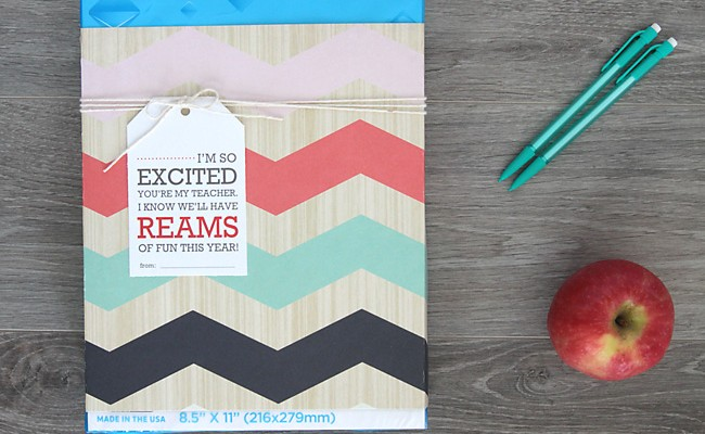 simple back to school teacher gift {ream of paper}