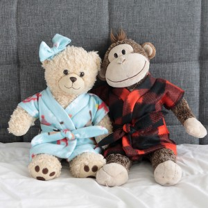 http://www.itsalwaysautumn.com/wp-content/uploads/2015/10/stuffed-animal-teddy-bear-robe-pajama-free-pattern-easy-sewing-tutorial-how-to-make-12-300x300.jpg