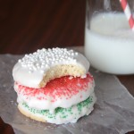 sugar cookies with almond glaze {Christmas cookies!}