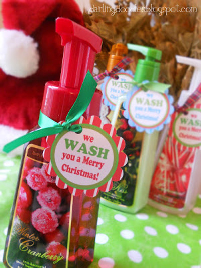 20 quick easy and cheap neighbor gift ideas for for Easy cheap christmas gifts for friends
