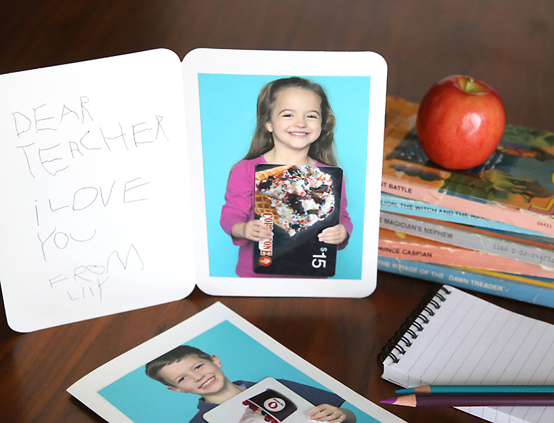 use a photo of your child as a gift card holder