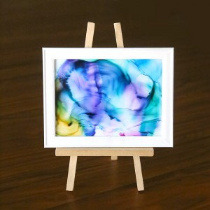 http://www.itsalwaysautumn.com/wp-content/uploads/2016/05/fired-alcohol-ink-art-easy-wall-art-kids-craft-fun-summer-activity-decor-4-300x300.jpg