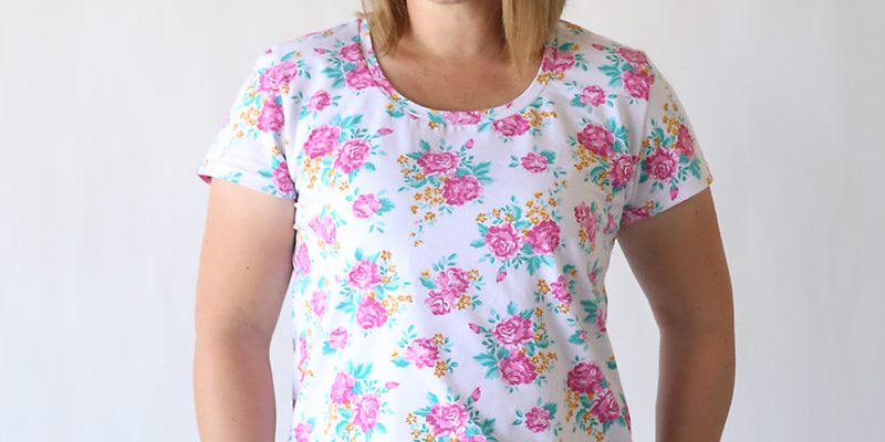 the classic tee | free pattern in women size L