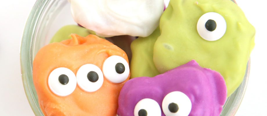 Halloween pretzel monsters + ghosts