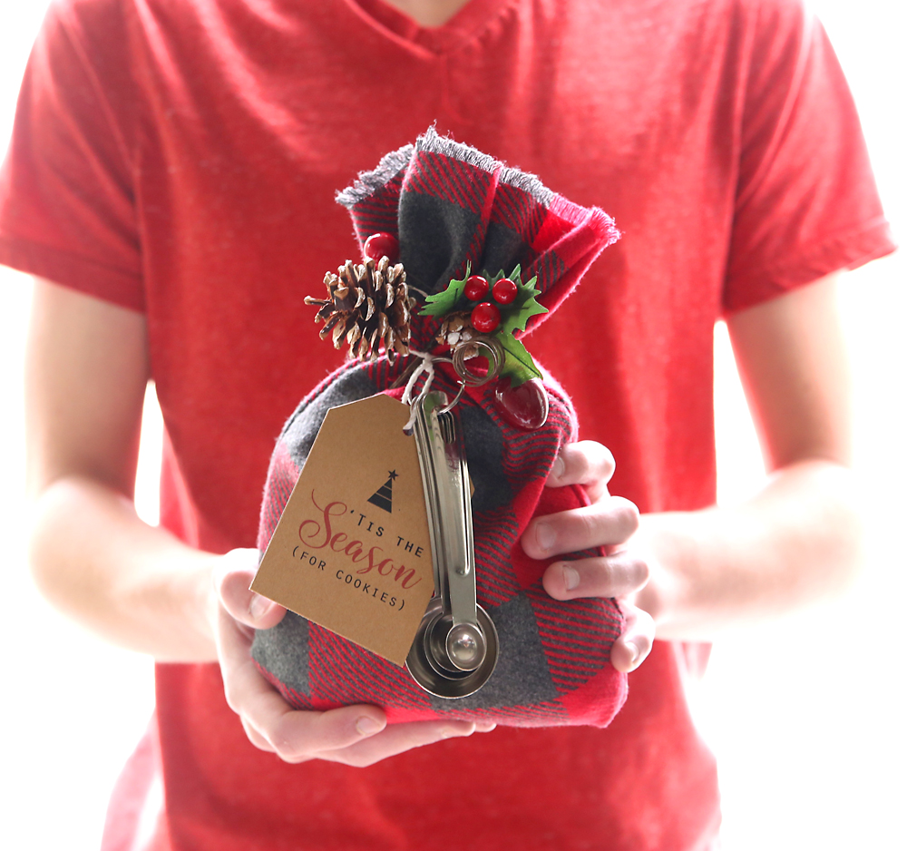 cookie mix gift sack | easy DIY Christmas gift idea - It's ...