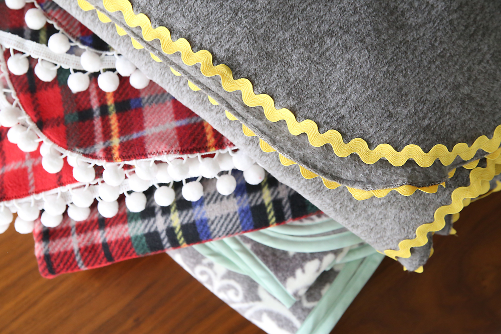 How To Make Gorgeous Diy Fleece Blankets It 39 S So Easy