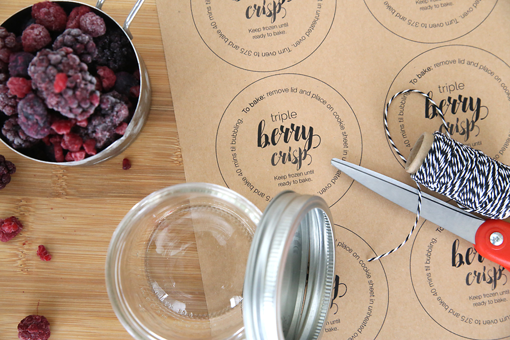 these single serving berry crisps make perfect gifts! They're so easy to put together and keep in the freezer until you're ready to bake for a special treat to share. Super easy recipe.