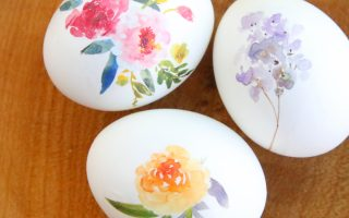 beautiful floral Easter eggs {using tattoo paper}