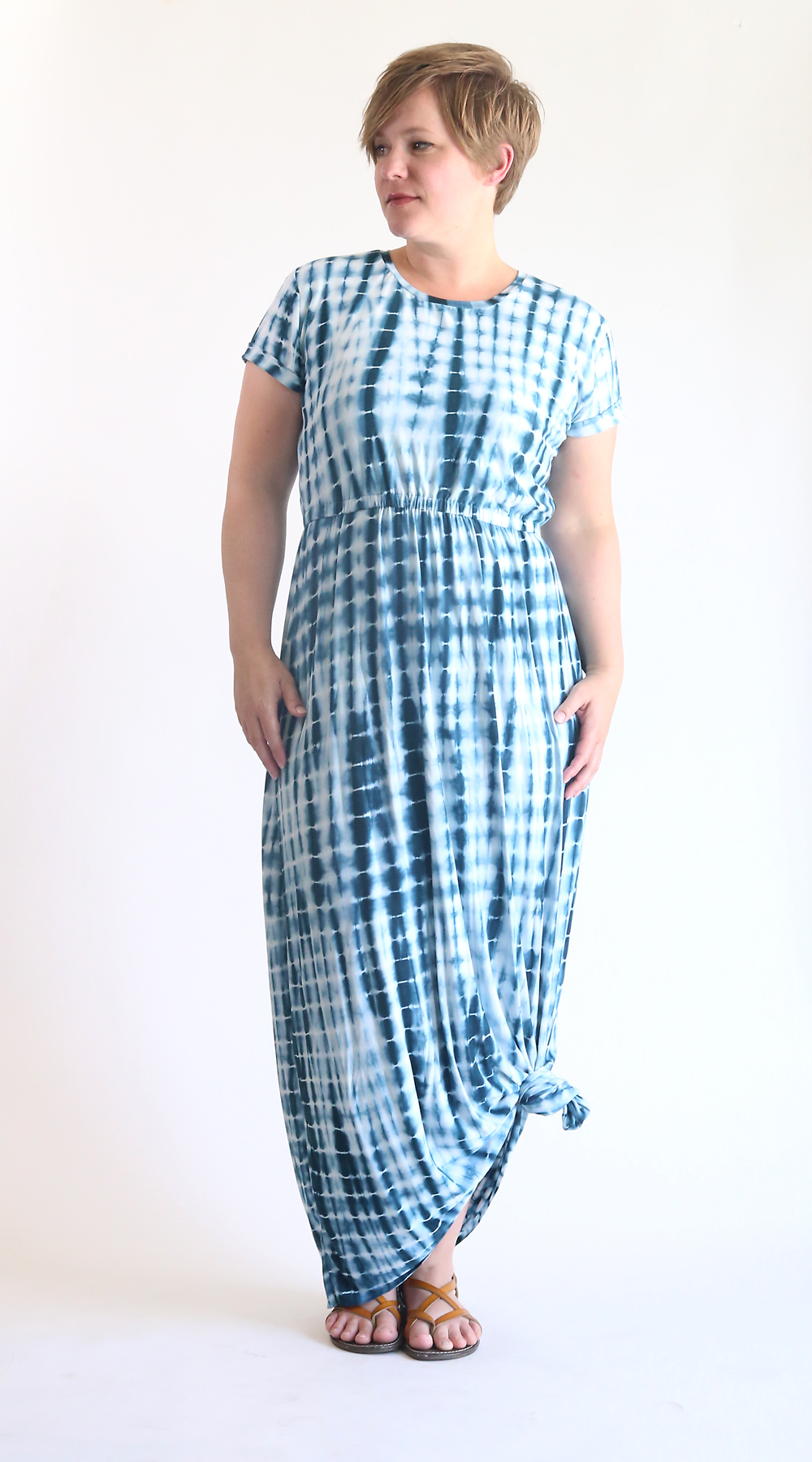 how to sew an easy cap sleeve maxi dress using a free tee shirt pattern. easy sewing tutorial. maxi dress with sleeves.
