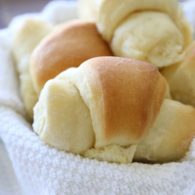 Amazing homemade buttery crescent rolls recipe