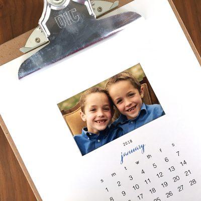 free printable 2018 photo calendar {easy DIY gift}
