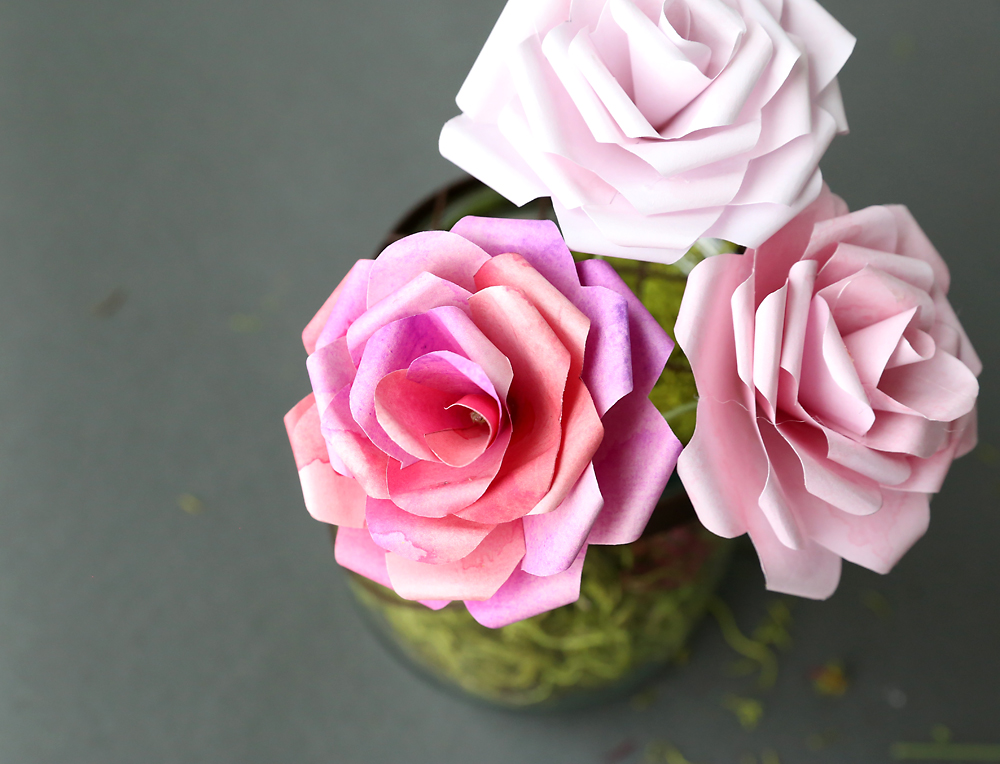 make gorgeous paper roses with this free paper rose template it s