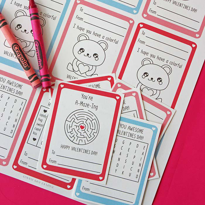 Adorable DIY Valentine's cards! Free printable Valentines make it easy to get classroom cards ready with your kids for Valentine's Day.