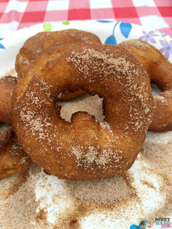 Campfire donuts | 35 best camping recipes