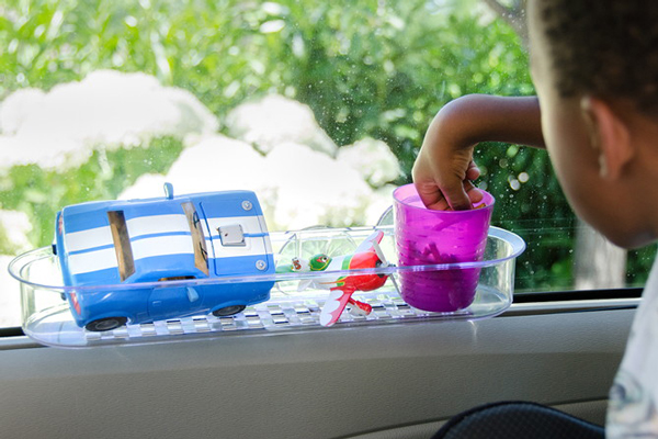 Use shower caddies to keep things organized in the car! | 37 best road trip with kids ideas