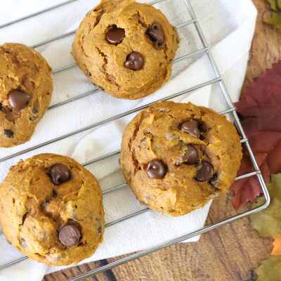 Easy 5 ingredient pumpkin chocolate chip cookies